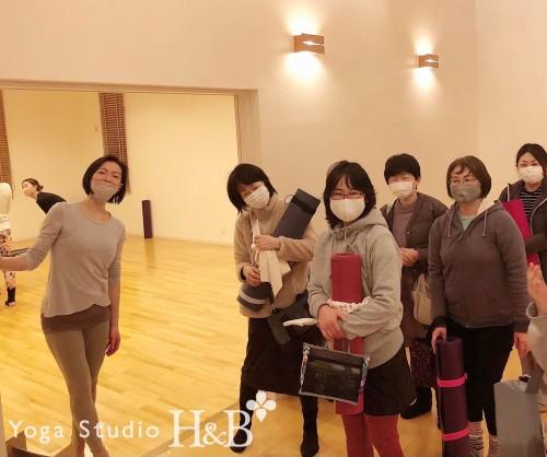 埼玉羽生市のヨガスタジオH&B